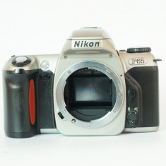 Aparat foto film Nikon f65, doar body, perfect functional - Aparate Foto cu Film