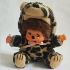 Monchhichi cu costum de leopard, Sekiguchi, jucarie plus 9 cm, breloc - Jucarii plus