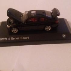 Macheta bmw seria 4 coupe (f32) 2013 negru safir - Iscale, 1/43, dealer edition. - Macheta auto