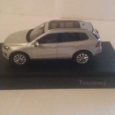 Macheta volkswagen touareg 2015 gri - herpa, 1/43, dealer edition., 1:43