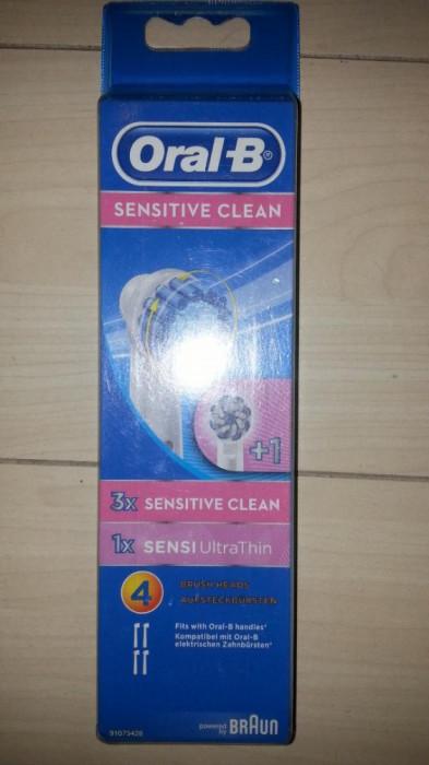Set 4 rezerve Oral B Braun Sensitive Clean .