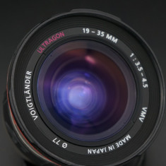 Obiectiv autofocus Voigtlander Ultragon 19-35mm f3.5-4.5 Sony A pt DSLR Sony - Obiectiv DSLR Voigtlander, Ultra-wide