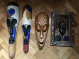 Masti vechi ,balineze,in basorelief,sculptate ,in lemn,pictat