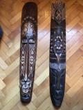 Masti vechi ,balineze,in basorelief,dimensiuni mari,sculptate,in lemn,pictat