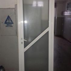 Vând uși termopan