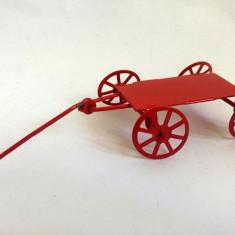 Jucarie metal, caruta, vopsita in rosu, 13x5cm - Vehicul