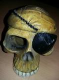 Scrumiera veche pt.trabucuri si tigari,scrumiera veche craniu pirat,Tp.GRATUIT