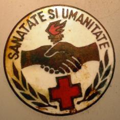 I.296 INSIGNA ROMANIA CRUCEA ROSIE SANATATE SI UMANITATE 22mm, Europa