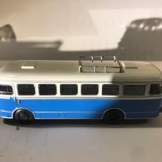 Macheta  autobuz SAN H100A - Polonia scara 1:72