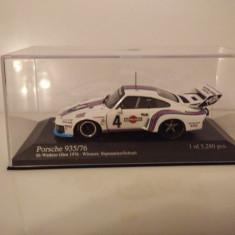 Macheta Porsche 935/76 Watkins Glen 1976 Martini #4 Minichamps 1/43 - Macheta auto Schuco