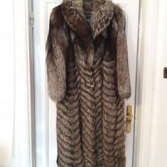Haina lunga vulpe argintie, impecabila, purtata de 2-3 ori, masura 44-46. - haina de blana
