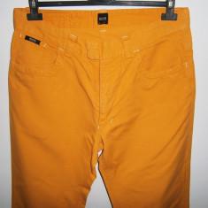 Pantaloni casual barbati BOSS, mar 34, stare foarte buna! - Pantaloni barbati, Culoare: Din imagine