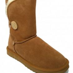 Cizme Piele Tip UGG Bailey Camel Nasturi Scurte - Cizma dama