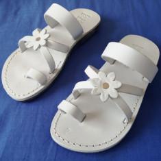 Sandale Piele Naturala Flower Albe - Sandale dama