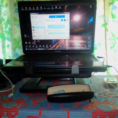 Vand Laptop Toshiba Satellite L300-350 in stare perfecta de functionare, Intel Pentium Dual Core, Diagonala ecran: 17, 500 GB
