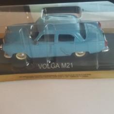 Macheta volga m21 + revista masini de legenda nr.4 - Macheta auto, 1:43