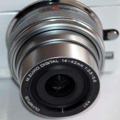 Olympus M.ZUIKO Digital ED 14‑42mm 3.5‑5.6 EZ pancake obiectiv silver - Obiectiv mirrorless