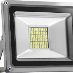 Proiector LED 12V 24V 30W Panou fotovoltaic Regulator solar Rulote Ferme Stane