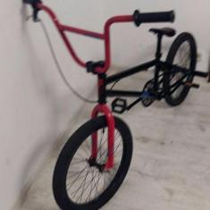 Bicicleta tip BMX Bucuresti - imagine 1 - Bicicleta BMX, 20 inch, Numar viteze: 1