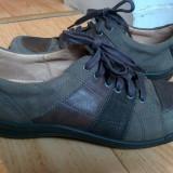 Pantofi din piele firma JOMOS marimea 39, sunt noi!