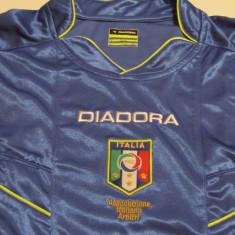 Tricou DIADORA - arbitru fotbal Federatia din ITALIA - Tricou echipa fotbal, Marime: XL, Culoare: Albastru, Nationala, Maneca lunga