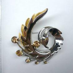 Brosa dama-VINTAGE /Martisor ARGINT placata cu aur alb SI aur galben 18K