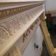 Semineu lemn masiv, sculptat