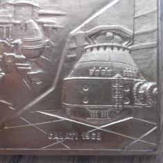 PLACHETA- 100 DE ANI DE LA PRIMA SARJA DE OTEL..., RESITA 1868-1968 - Jubiliare