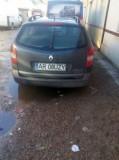 De vanzare Renault Laguna in stare buna masina merita vazuta, Benzina, Break