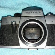 Aparate Foto Praktica L + FX 2 - Aparate Foto cu Film