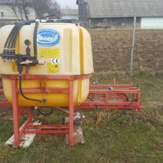 Instalatie erbicidat+prasitoare+semanatoare porumb - Utilaj agricol