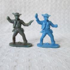 Figurine romanesti Cowboy din perioada comunista, figurine plastic de colectie - Miniatura Figurina