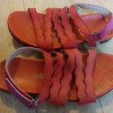 Sandale din piele marimea 38, arata impecabil!