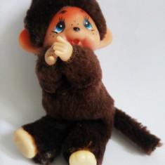 Jucarie plus mascota Monchhichi (kiki, Moncici) maimutica maimuta cu clema 11 cm - Jucarii plus