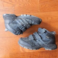 Ghete piele naturala Adidas Gore-Tex ClimaProof, talpa MountainGrip; marime 38 - Gheata dama, Culoare: Din imagine