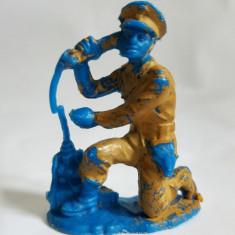 Figurina soldat armata razboi, albastru/maro, deosebit, 5 cm, plastic
