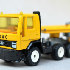 SIKU 3719 FORD CARGO Truck & Low-Loader Trailer - Macheta auto Siku, 1:55