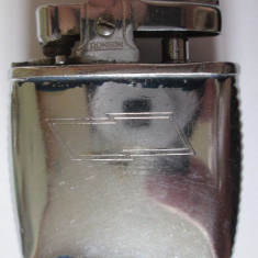 Bricheta colectie Ronson Viking cu piatra si benzina din anii 60 - Bricheta de colectie, Cu benzina