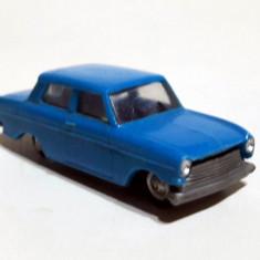 Opel Kadett, 1/87 - Macheta auto Herpa