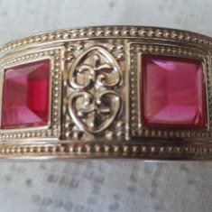 Frumoasa bratara metal argintiu cu pietre roz - Bratara Fashion