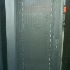 Cabinet Refurbished Rack Server IBM 9308, 42U - Cabinet metalic