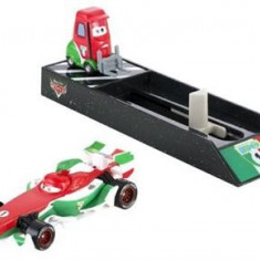 Masinuta Cars Pit Crew Launchers Lightning Mcqueen - Masinuta electrica copii Mattel