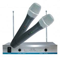 Set 2 microfoane wireless karaoke AK-3300, frecventa reglabila - Echipament karaoke