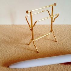 Suport pentru prosoape - miniatura papusi