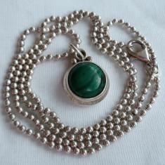 Medalion argint cu MALACHIT delicat VECHI vintage FINUT de Efect pe Lant argint
