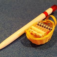 Cos cu manere cu servete - miniatura papusi