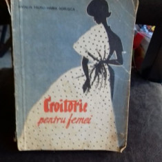 CROITORIE PENTRU FEMEI - CLAUDIA TAUTU - Carte design vestimentar