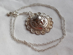 MEDALION argint MAYAS exceptional VECHI de efect RAR splendid pe Lant ARGINT