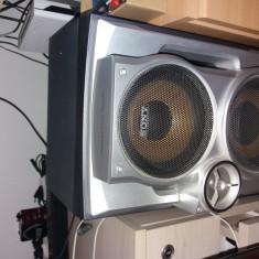 Boxe sony de la combina sony mhc-rg-440s