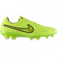 Ghete fotbal Nike Tiempo Legend 631518-770